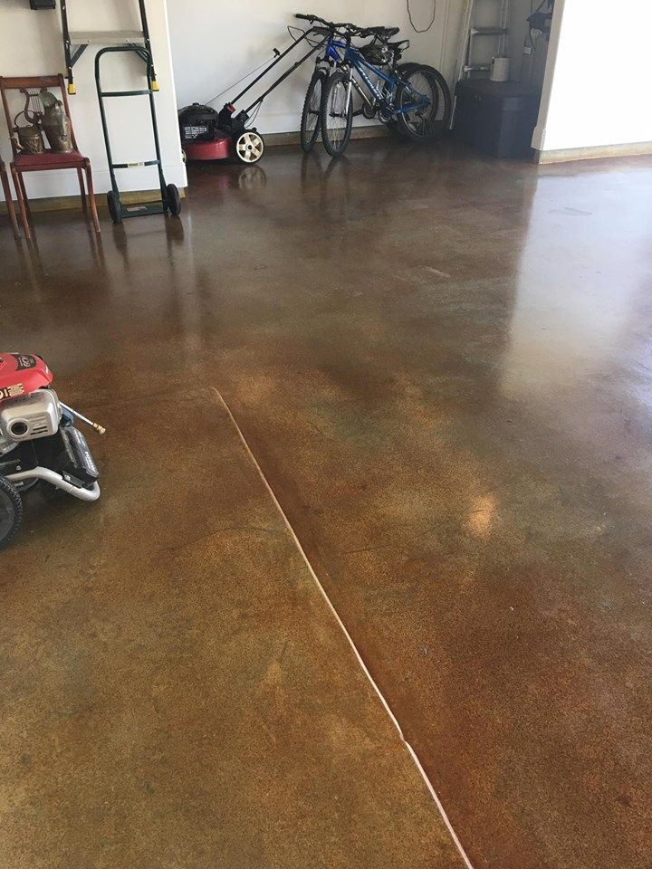 Garage Floor Stain Ideas and Photos Diy flooring, Diy