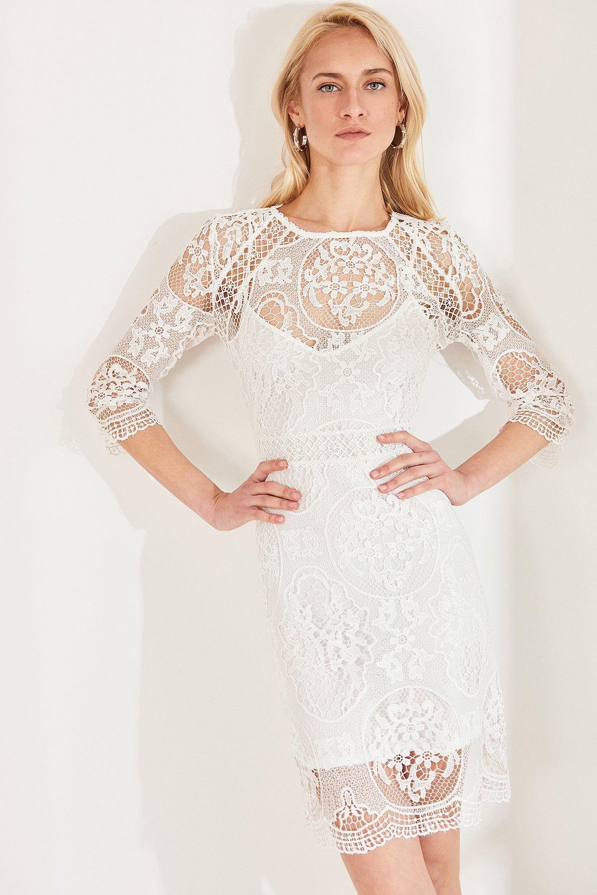 Online Alisveris Sitesi Turkiye Nin Trend Yolu Trendyol Trendler Moda Stilleri Elbise