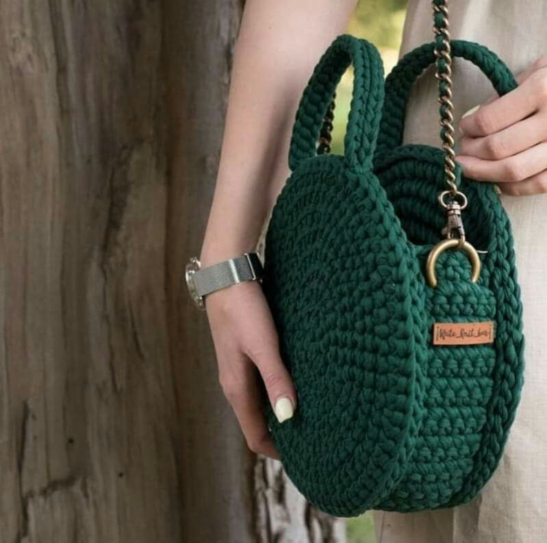Crocheted purse. No instructions; just inspiration.
