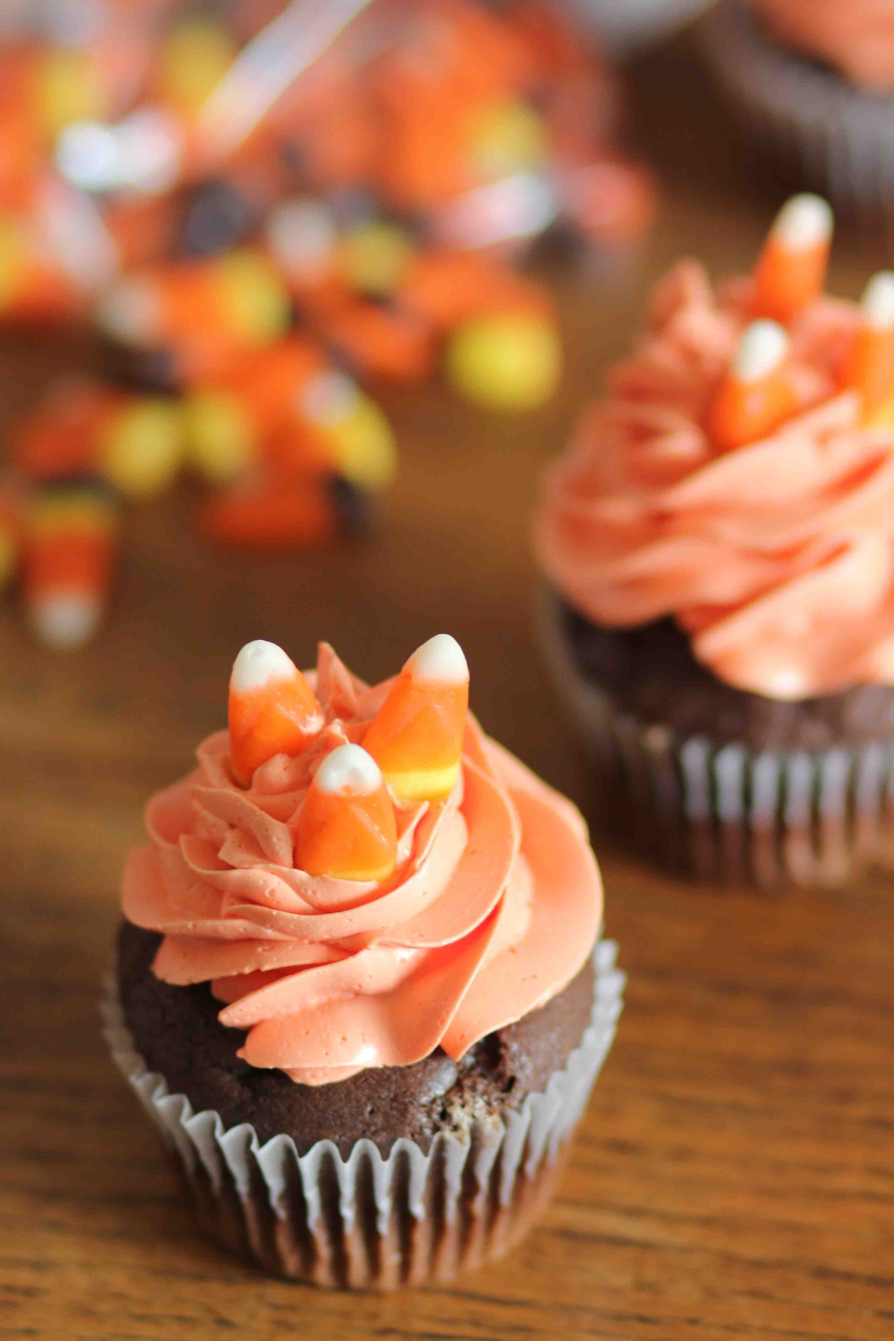 halloween1 Candy apple recipe, Just bake, Halloween cupcakes