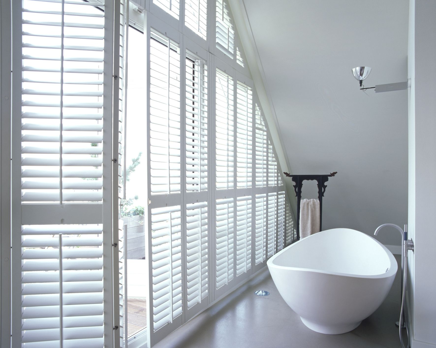 Beach window treatments - Plantation Shutters Wood Window Coverings Bromley Blinds