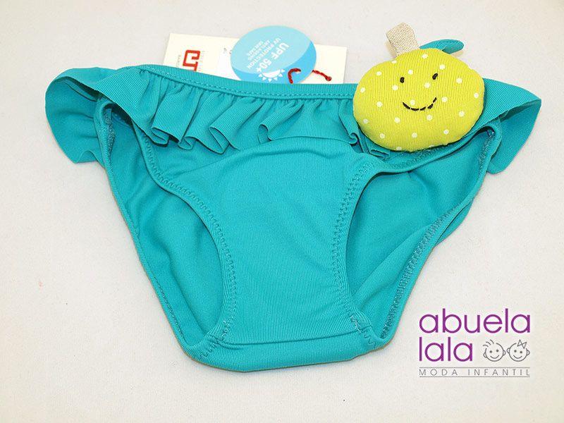 Preciosa colección de baño para el verano. Disponible en nuestra tienda online www.abuelalala.es. Un beso, Jana #abuelalala #bañadores #camisetas #cndbycondor