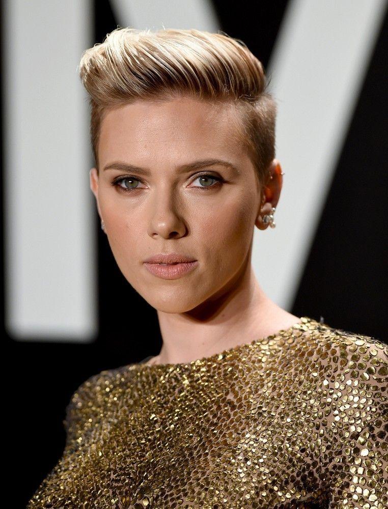Scarlett Johansson Kurzes Haar Hochsteckfrisur Stil