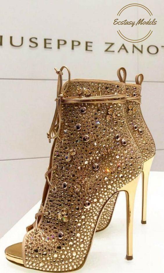 8e0d25f1f Onde Comprar Sapatos Femininos Lindos e Baratos#sapatos #sapatosfemininos  #sapatoslindos #sapatofeminino #sandalha #sapatoalto #sandalhaalta #shoes #  ...
