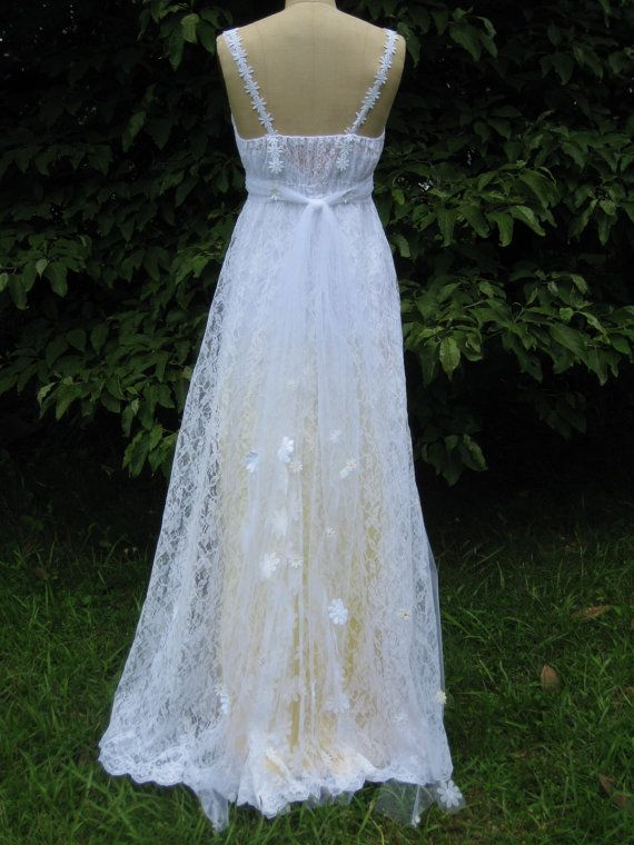 Yellow Daisy Lace Wedding Dress by hippiebride on Etsy | Rustic ...