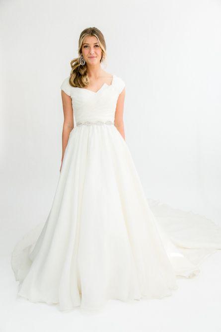 Maggie Sottero With Images Designer Wedding Dresses Rental Wedding Dresses Bridal Wear