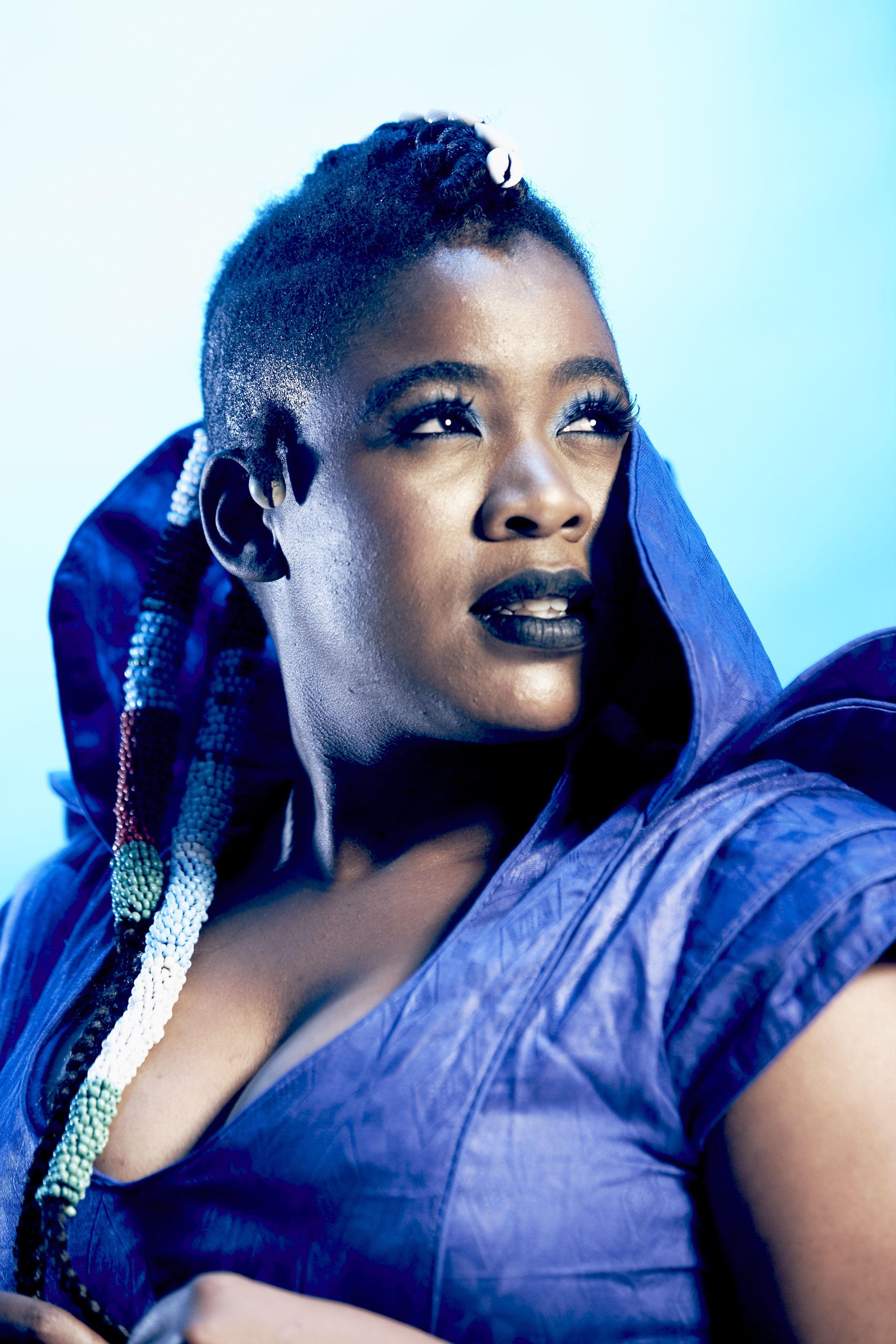 zolani mahola lead singer of freshlyground the green light Pinterest