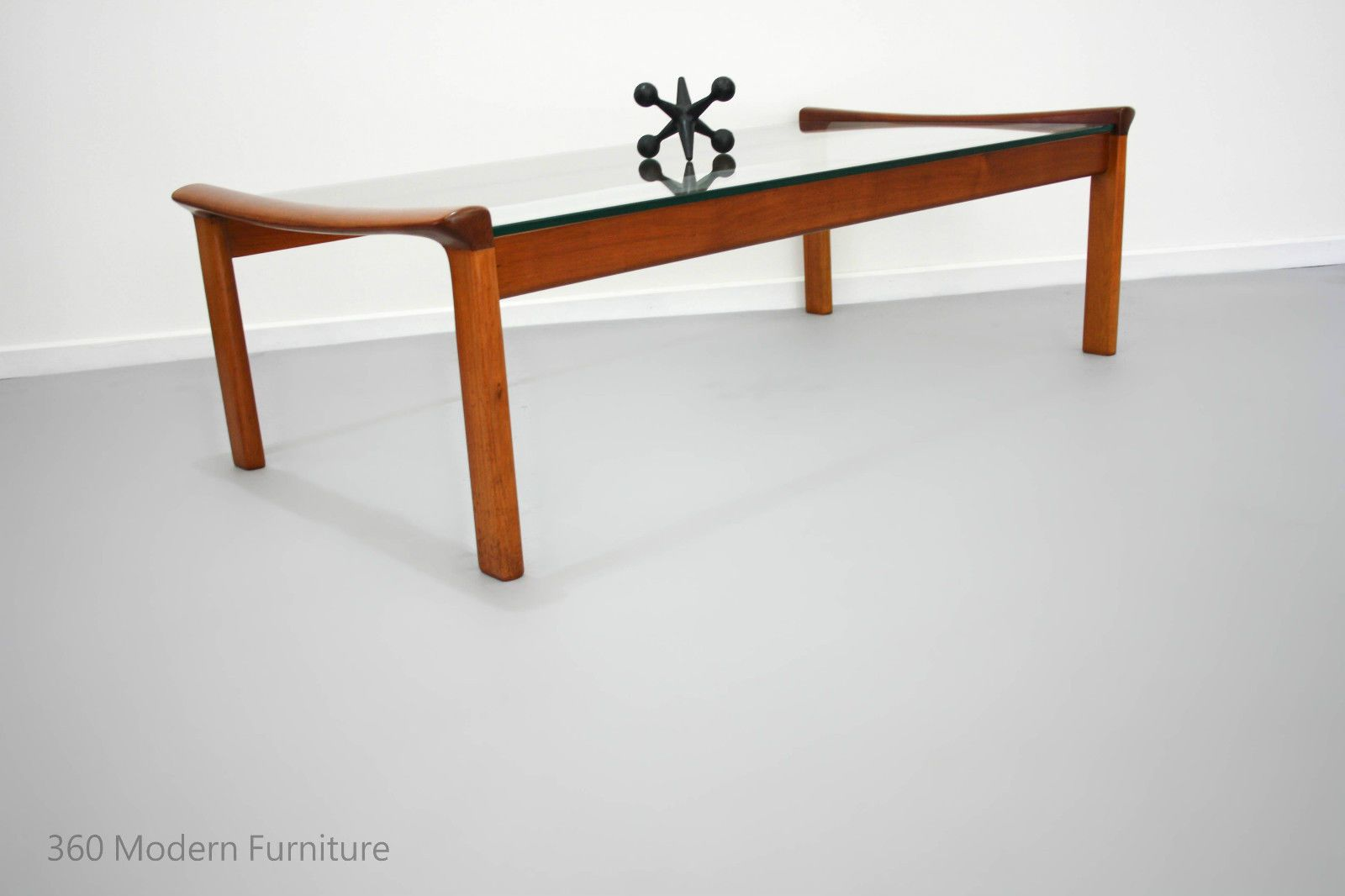Mid century coffee table tessa t21 large retro vintage fred lowen mid century coffee table tessa t21 large retro vintage fred lowen parker era in home geotapseo Image collections