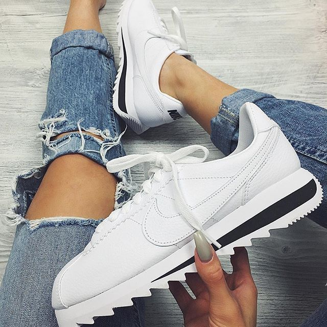Sneakers femme - Nike Cortez Classic white More