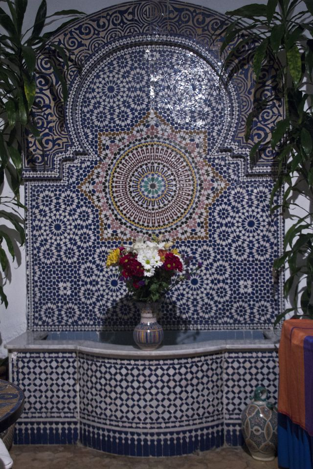 Dark Blue On White Is Cold Too Wide Seville Tile Wall