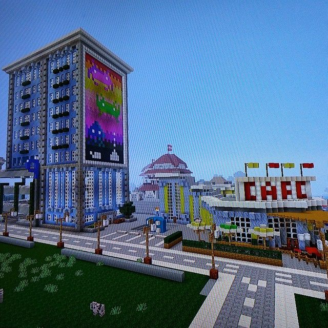 The harbor Cafe and latest office building featuring #Art by @avf456 #Minecraft…