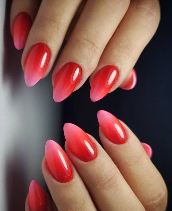 Rocking Red And Pink Gradient Nails Ombre Nail Designs Nail Art Ombre Red Ombre Nails
