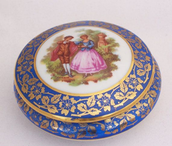 Limoges French Porcelain Trinket Box La Reine By Thesecretcupboard 21 00 Trinket Boxes Antique Vase Limoges Boxes