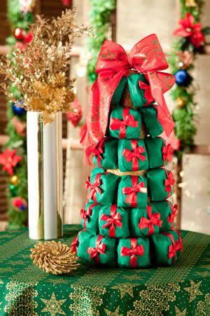 Arvore De Natal Com Bem Casados E Com Macarrons Arvore De Natal