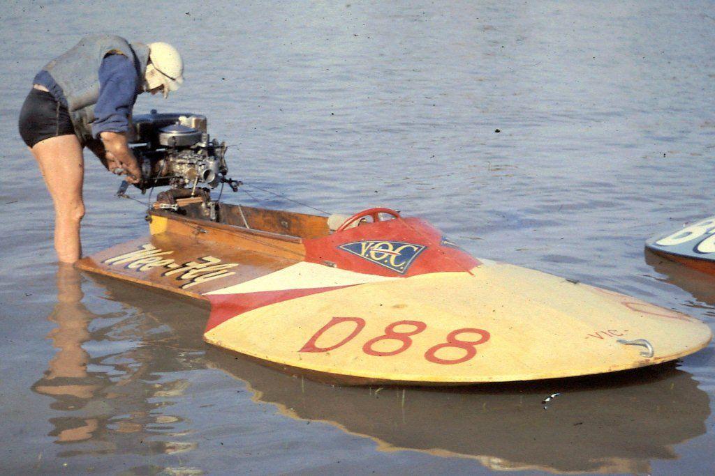 Vintage OUTBOARD motor boat racing! | Motor boat racing, Wooden ...