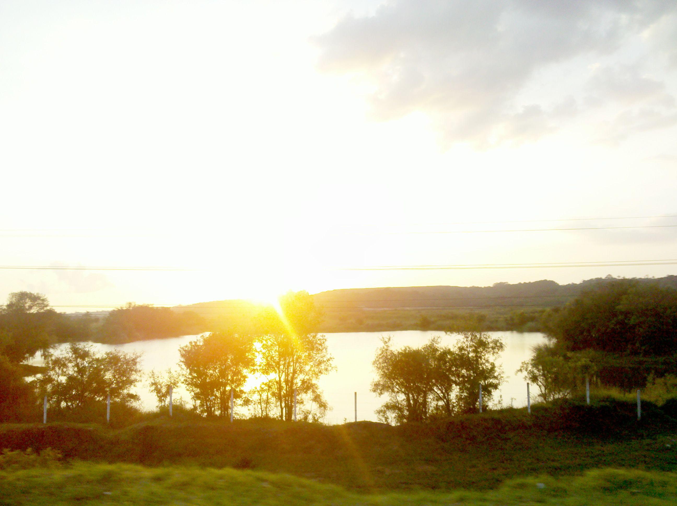 Curitiba Sunset Lat-25,62º, Long -49,32º (01/02/2012)