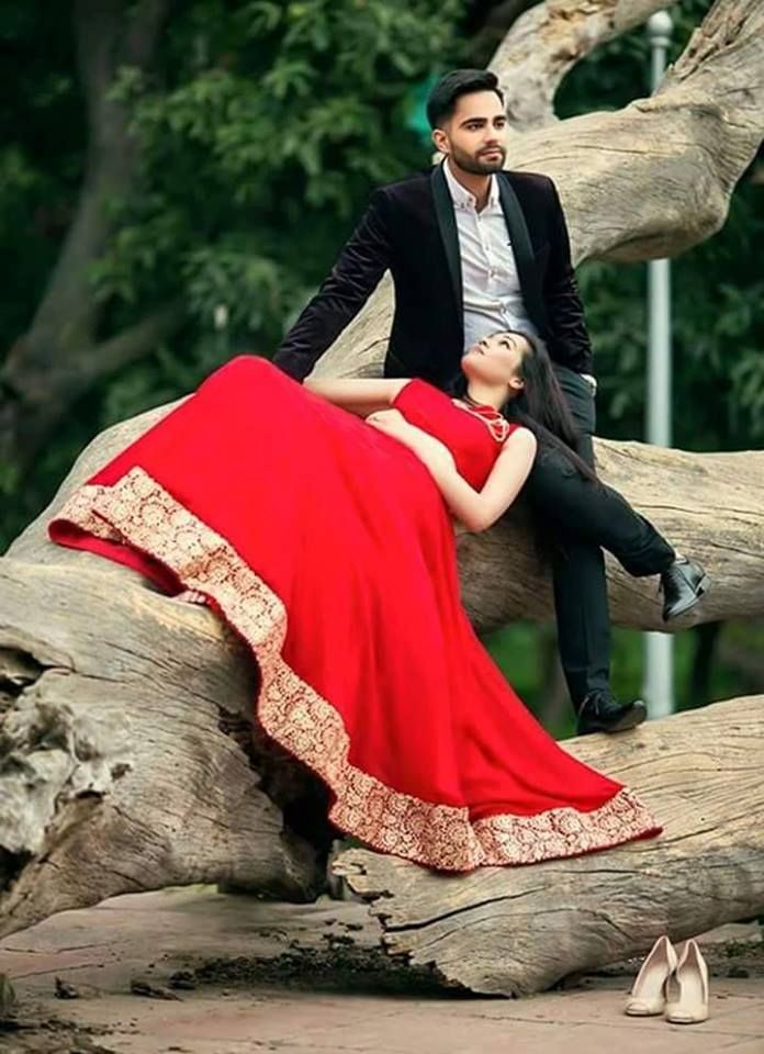 In This Photo A Sense Of Calm And Love Photo By Dayawan Photo Studio Jaipur Weddingnet Wed Pre Wedding Poses Wedding Photoshoot Poses Romantic Photoshoot