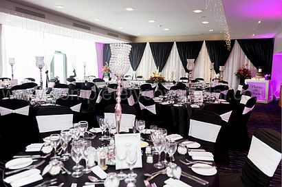 View our different themed wedding decorations popular themes such view our different themed wedding decorations popular themes such as vintage bling to seasonal junglespirit Choice Image