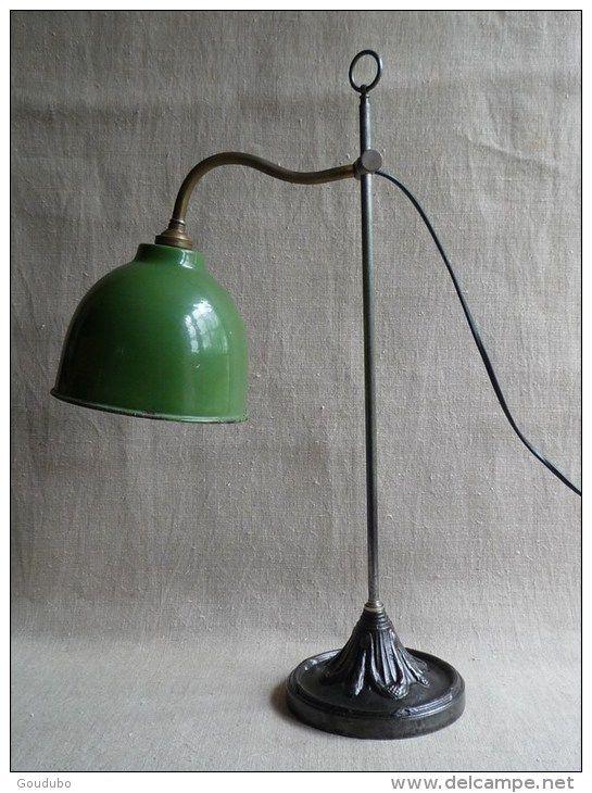Lampe Atelier Bureau Annees 30 Pied En Fonte Ouvrage Guirlandes