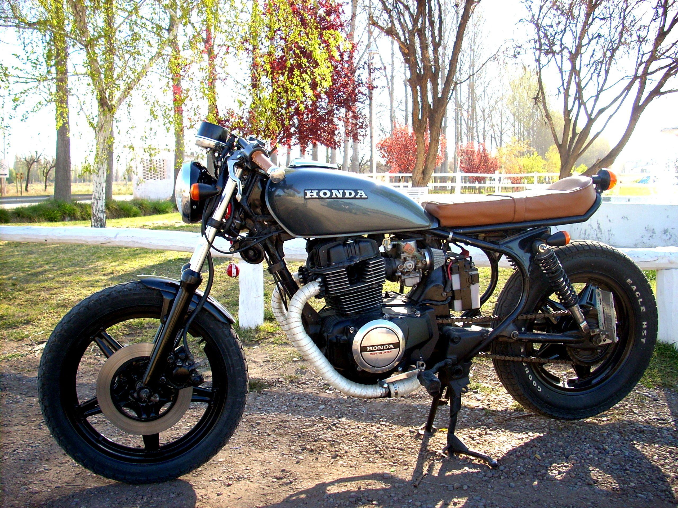 Cm 400 Brat Style Cafe Racer Motorcycle Cafe Racer Bikes Cafe Bike [ 1920 x 2560 Pixel ]