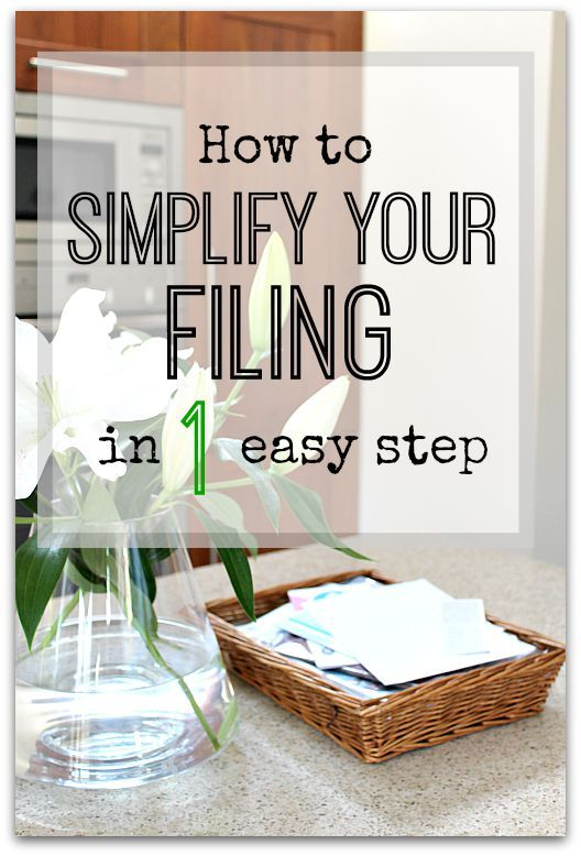 This simple trick will help make filing things away so much quickly and easier - you'll never be left with lots of piles of filing again! Paperwork control and filing tricks and tips