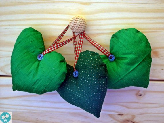 Heart home decor Green Christmas decoration by MapleAndOakDesigns, $14.50