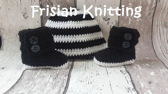 Bekijk dit items in mijn Etsy shop https://www.etsy.com/nl/listing/490853181/crochet-baby-booties-baby-uggs-baby-hat