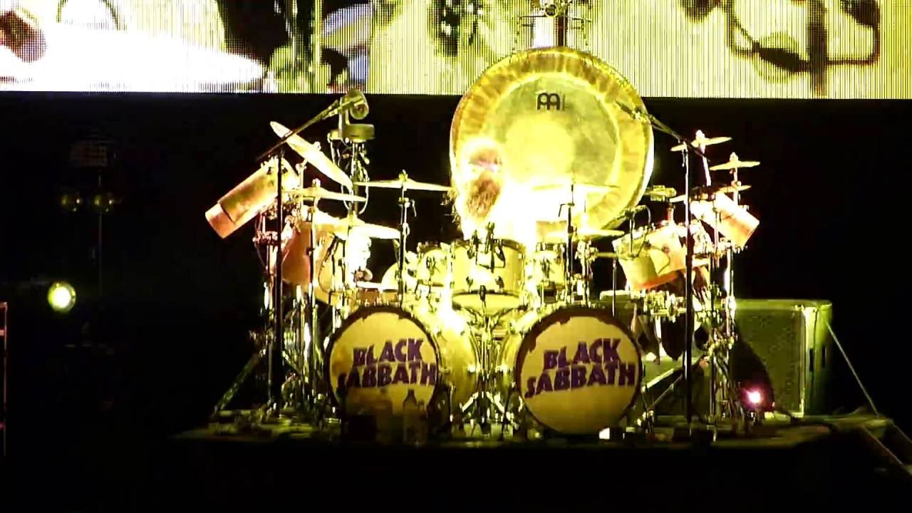 70s,black sabbath,Dillingen,drum solo,Geezer Butler,Hard #Rock,#Hardrock #80er,hd,Heavy Metal,ozzy osbourne,#Rock Musik,#Sound,tommy clufetos,Tony Iommi Black Sabbath – Hand of Doom / Rat Salad + Drum solo  – Arena di Verona #2016 - http://sound.saar.city/?p=22615