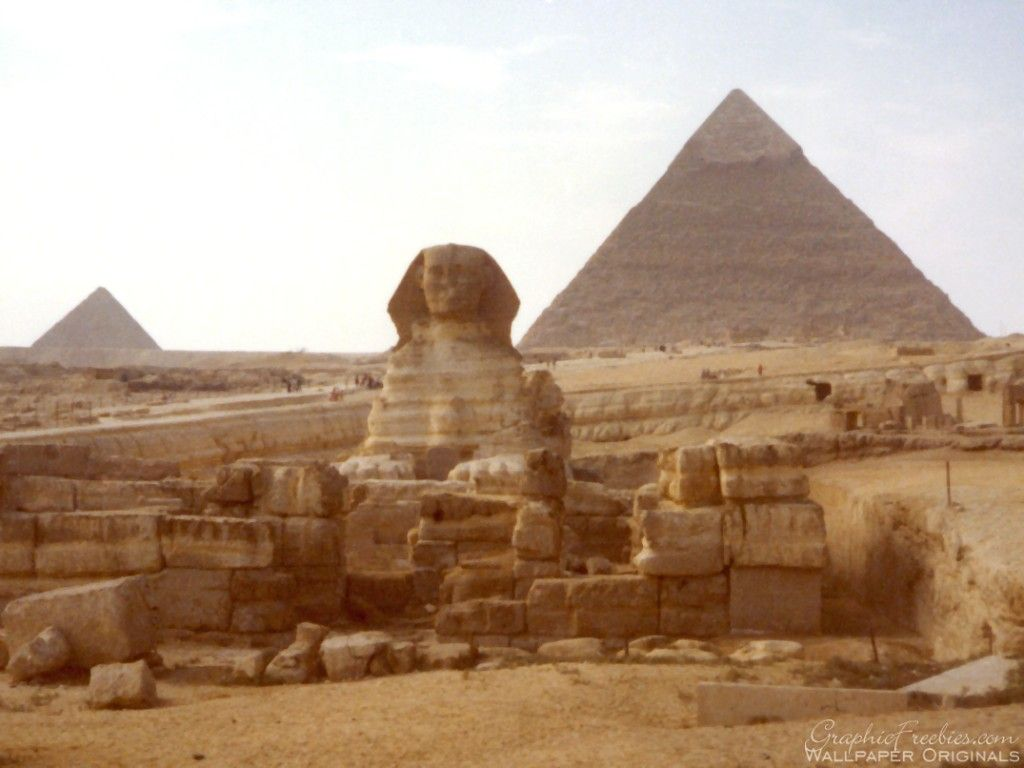Egypt Ancient History Wallpaper Statute Of Sphink In Front Of Of Khafre Pyramid Ancient Egypt History Egypt Egypt Culture