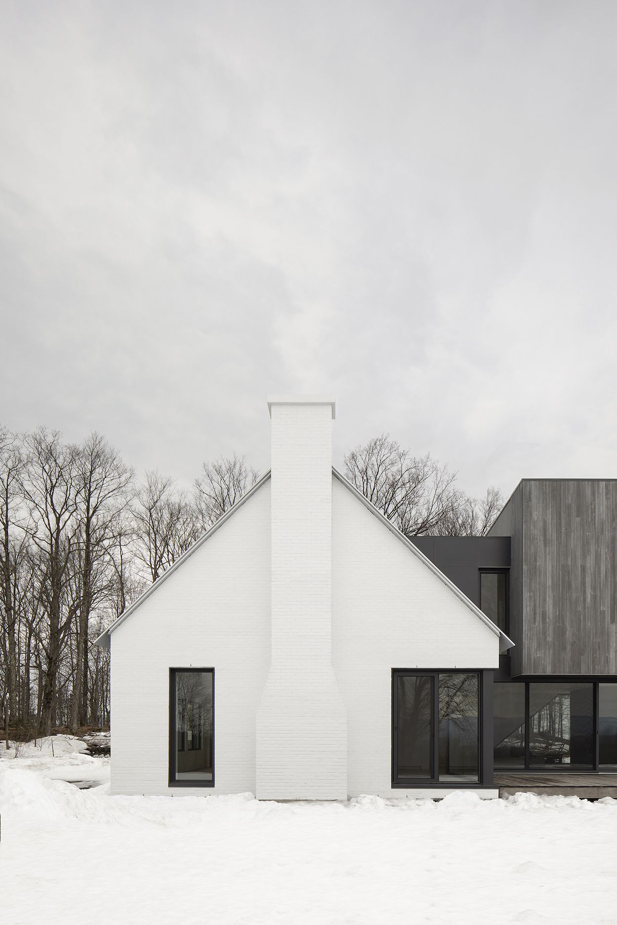 The Minimalist Knowlton Residence in Quebec by TBA - Design Milk