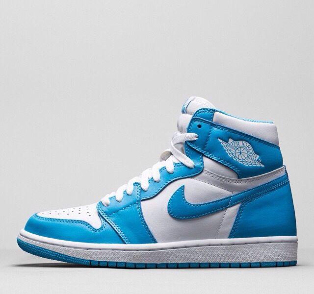 Air Jordan 1's Baby Blue \u0026 White | Air