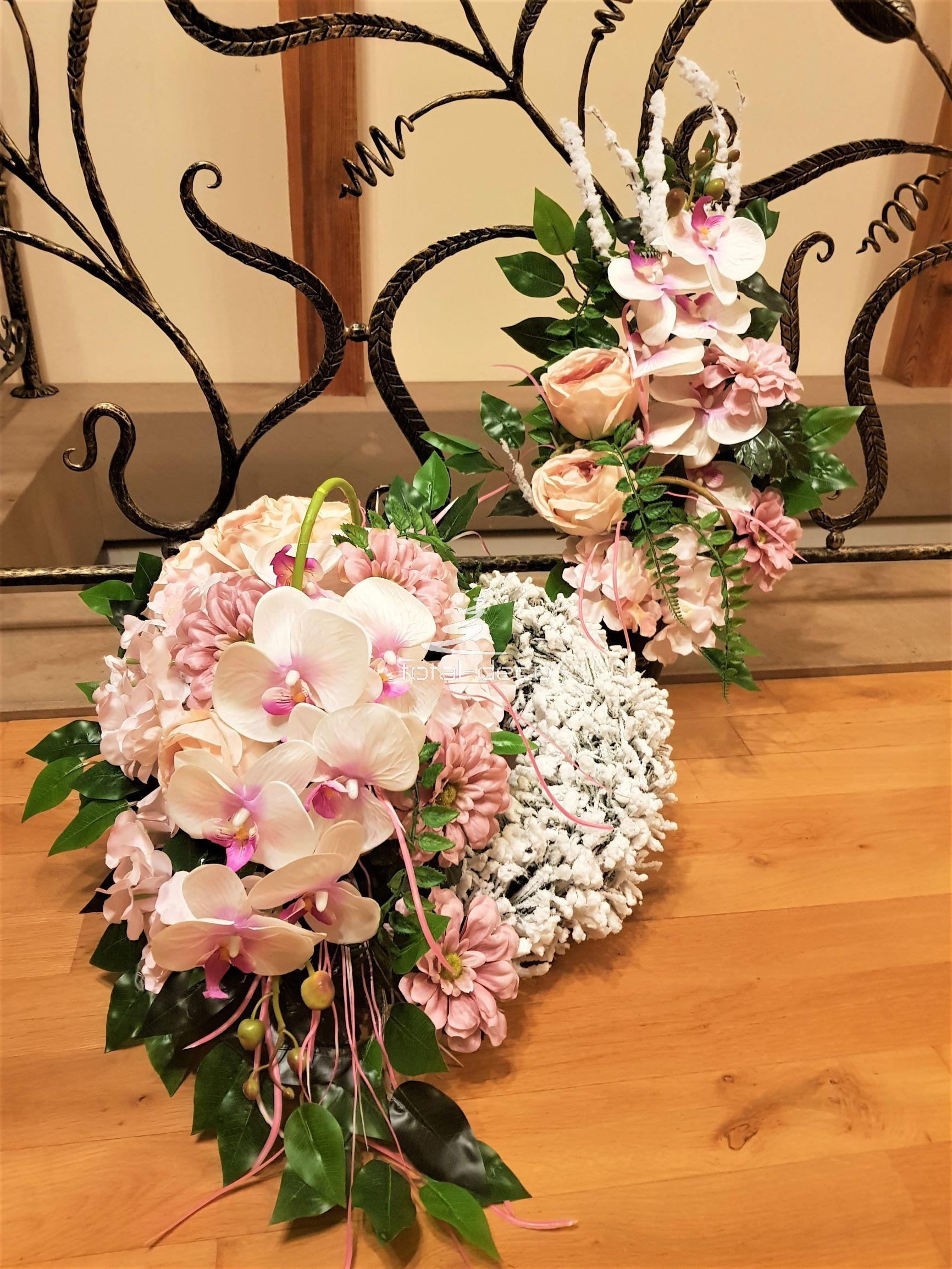 Komplety Dekoracji Nagrobnych Stroiki Na Cmentarz Dla Dzieci Grave Decorations Floral Wreath Floral