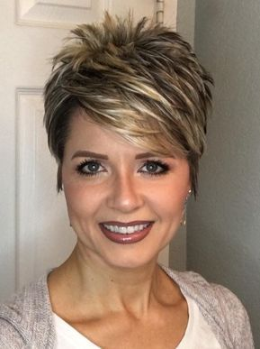 Image Result For Dark Pixie Cut With Highlights De Tuns Thin