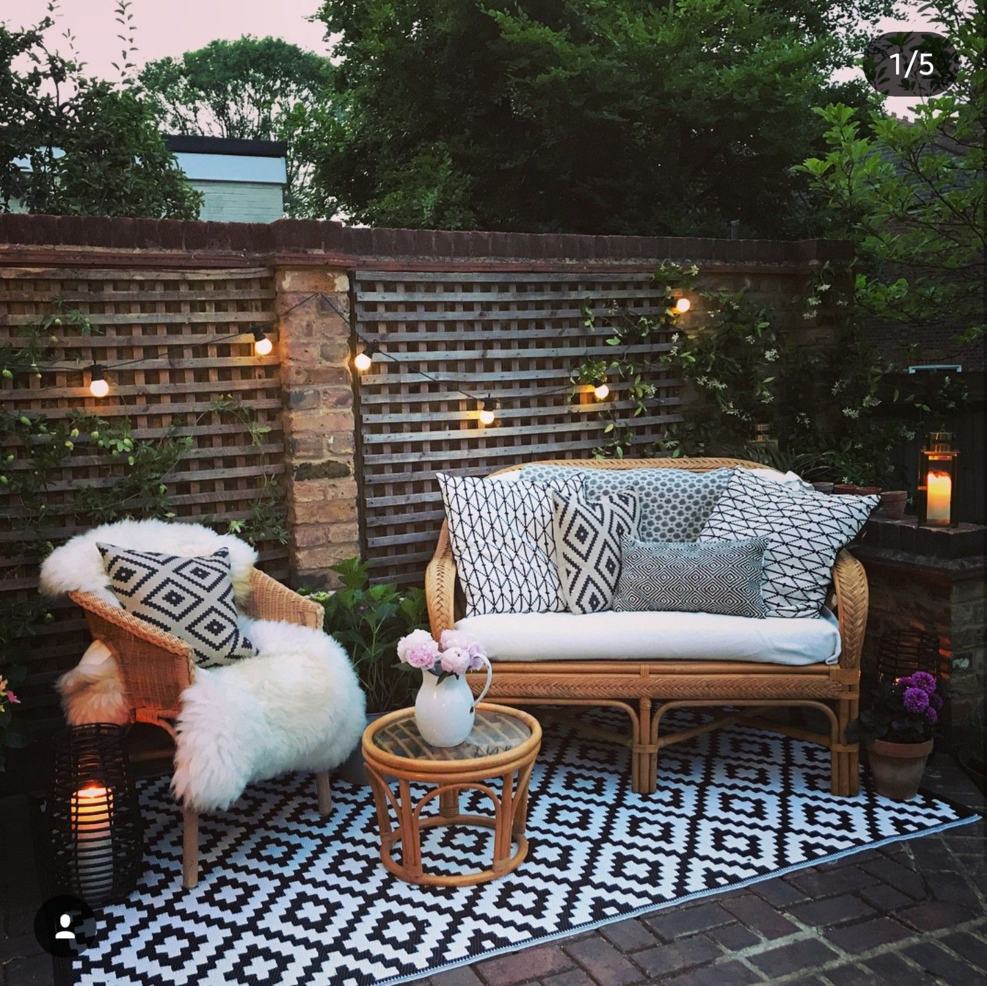 Pin De M E G A N En Decor Outdoors Pinterest Terrazas Fotos  ~ Decoraciã³n De Patios Exteriores