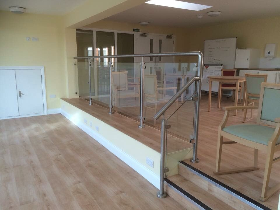 Best Fully Welded Stainless Steel Balustrade With 10Mm 400 x 300