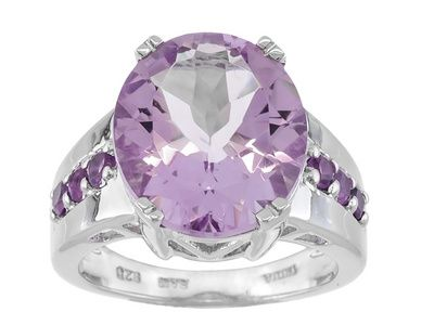 5.78ct Oval Bolivian Orchid Amethyst With .30ctw Round African Amethyst Sterling Silver Ring