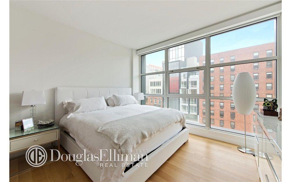 gigihadid bedrooms ~bedroom space luminoso blanco parquet madera