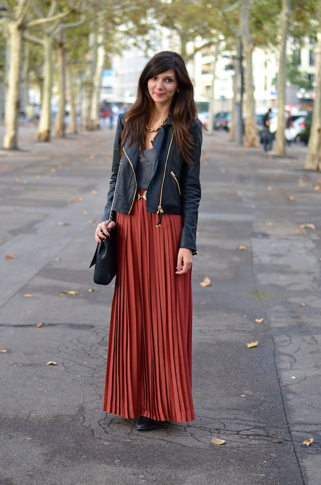 best save up to 80% buy sale Monoprix pleated skirt, Mango jacket, zara bag | Vogue ...