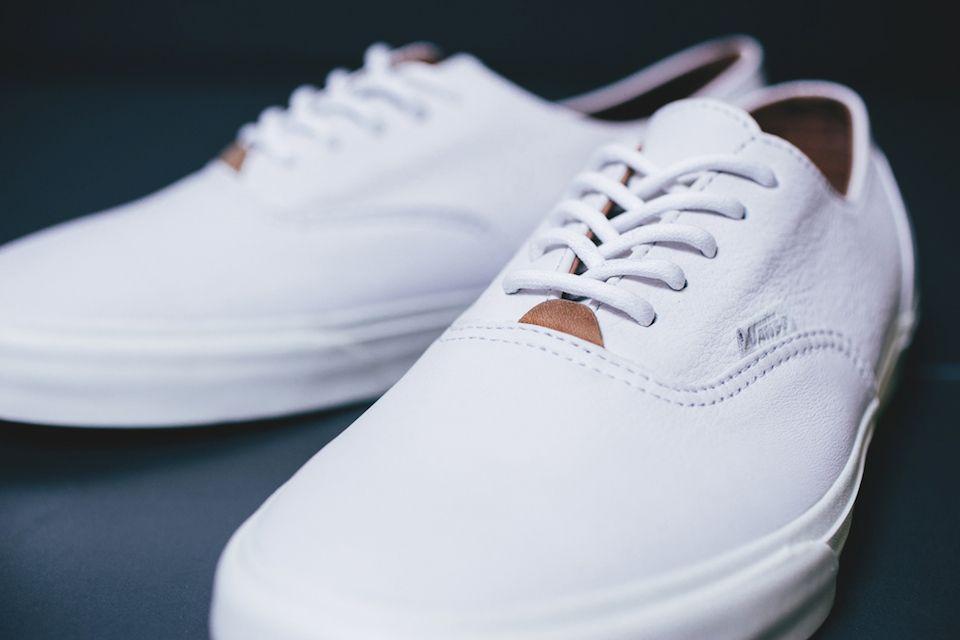 vans era white on feet