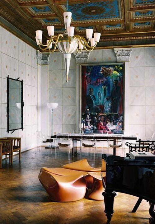 Villa Jako, former home of Karl Lagerfeld in Hamburg ...