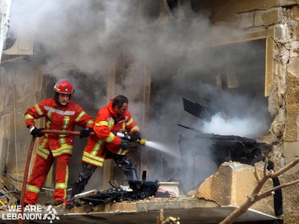تحية إلى الدفاع المدني اللبناني فوج الإطفاء We Salute The Efforts Of The Lebanese Civil Defense And Their Fire Fighters Lebanon Image Middle East