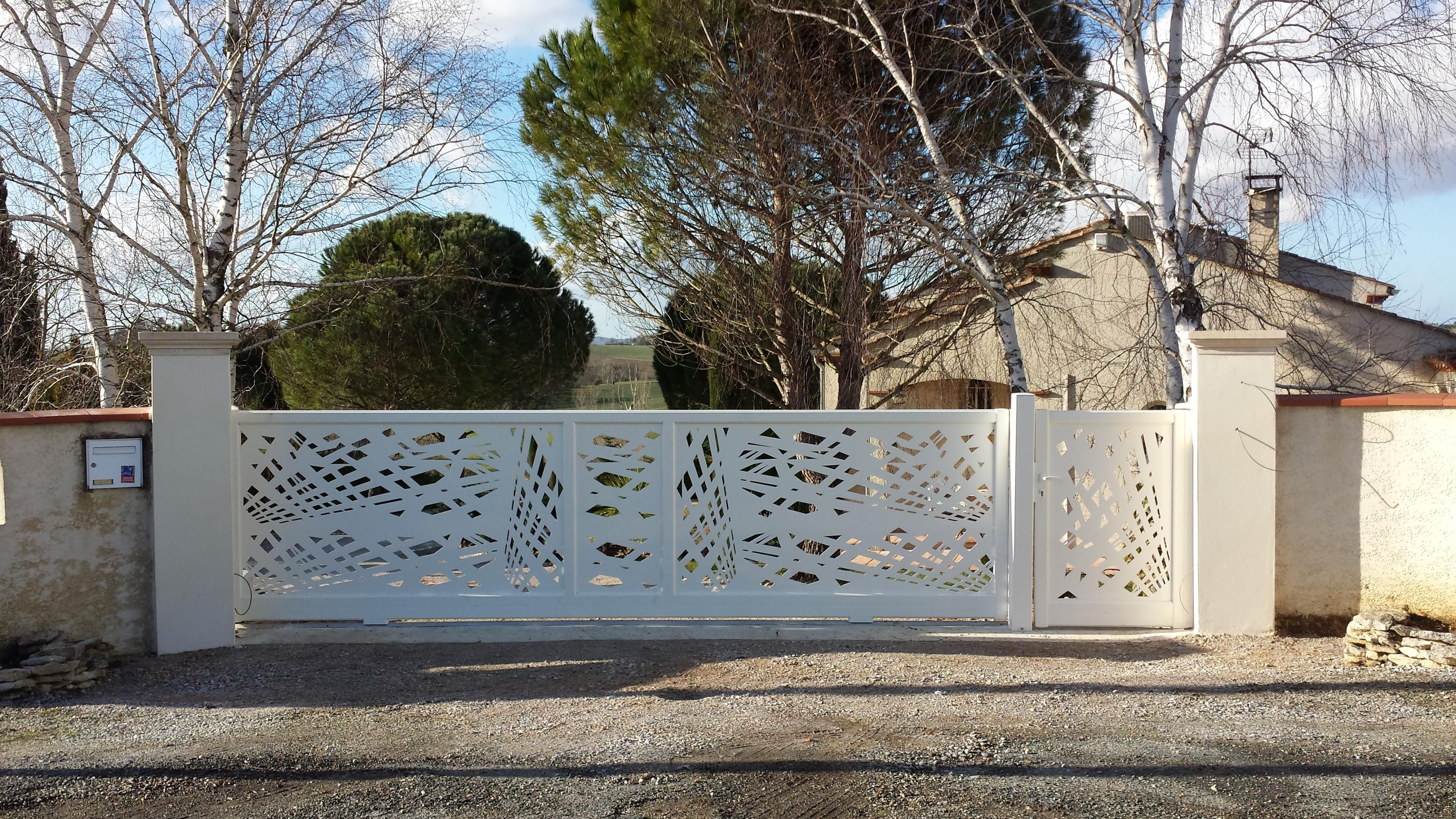 Laser Cut Automatic Sliding Gate House In 2019 Sliding