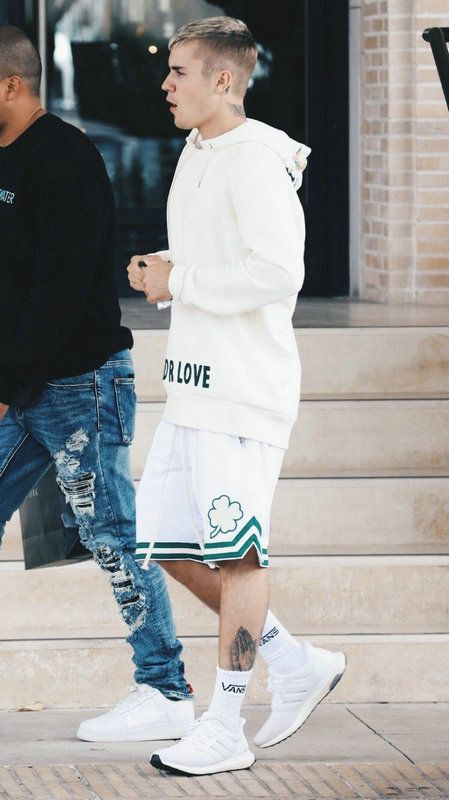 orar Suri Profecía  Adidas Yeezy Boost 350   Justin bieber style, Justin bieber outfits, Mens  outfits