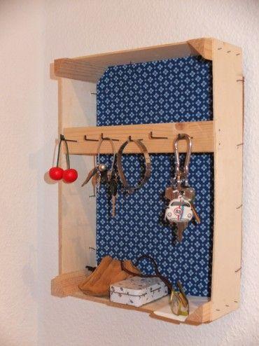 boite clef avec une cagette bricolage pinterest cagette clefs et boite. Black Bedroom Furniture Sets. Home Design Ideas