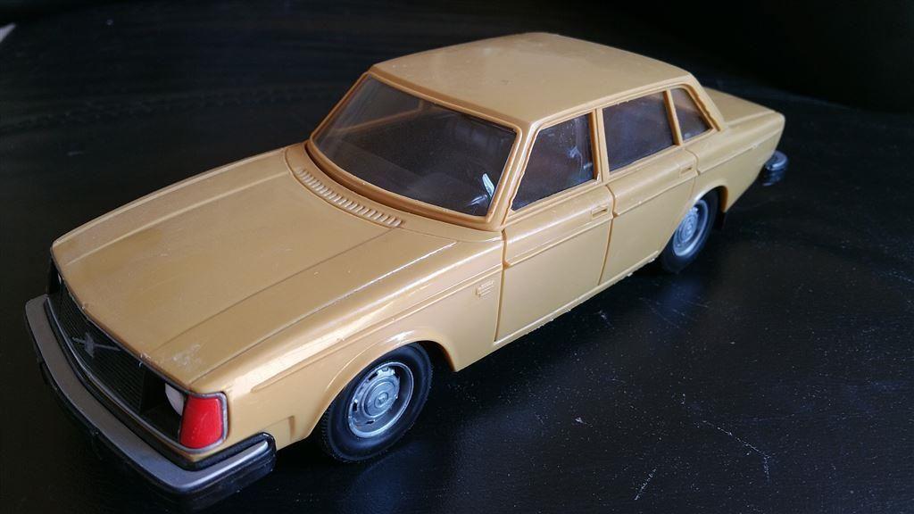 Volvo 244 Finland i fint skick. på Tradera.com - Övriga leksaksbilar och