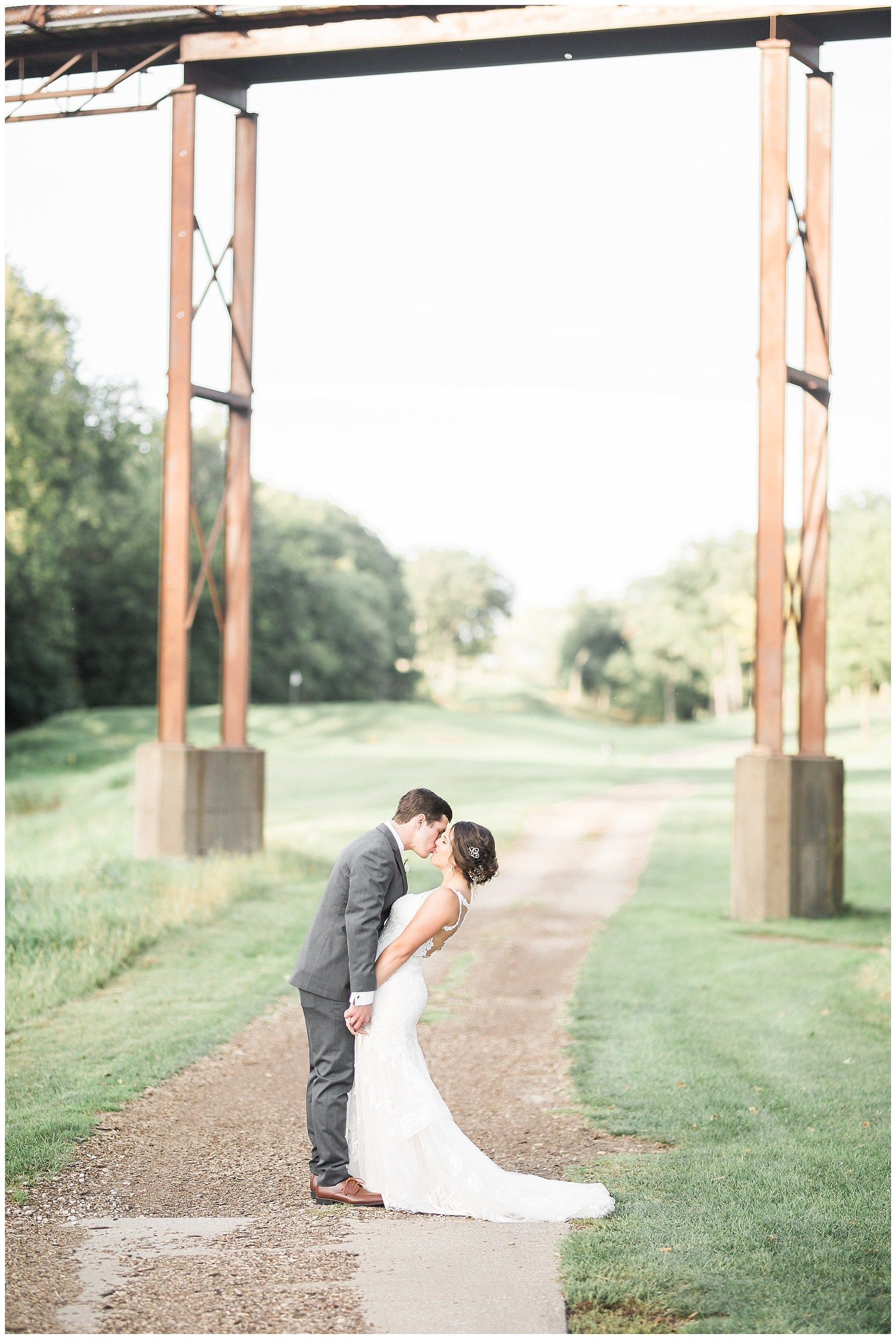 Davenport Country Club Quad Cities Wedding Photographer
