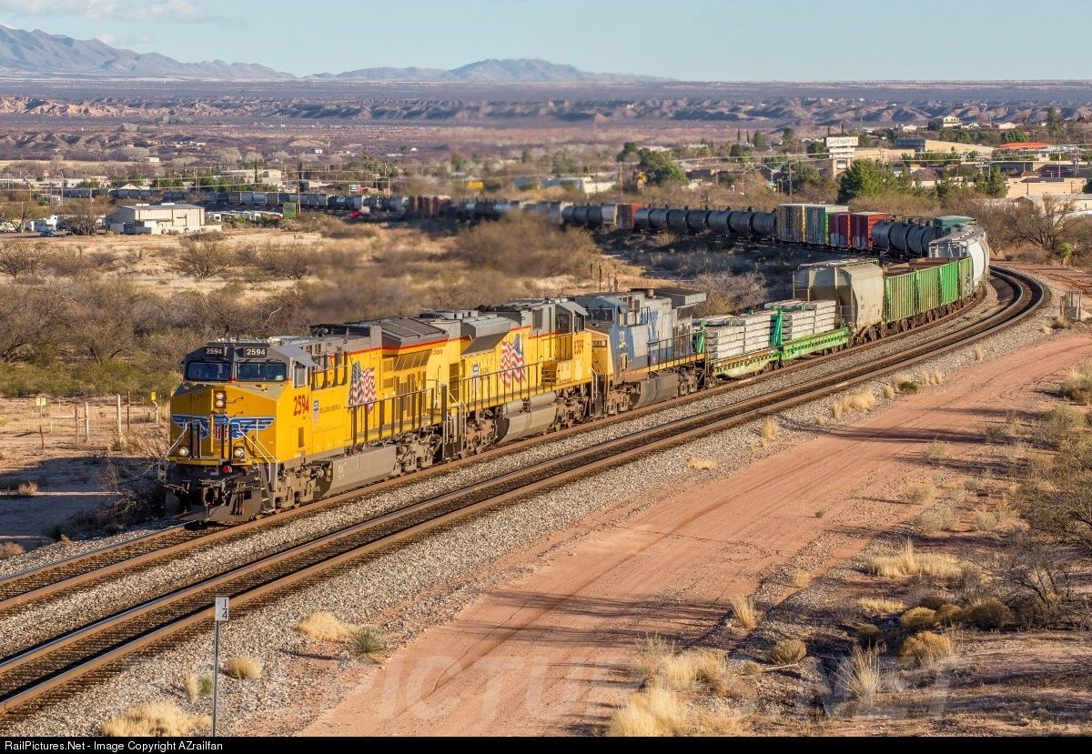 Net Photo: UP 2594 Union Pacific GE C45AH at Benson, Arizona by AZrailfan