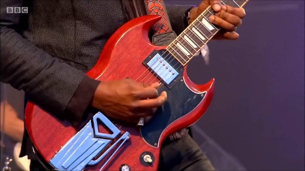 Amazing Performance by Gary Clark Jr. at Glastonbury 2016 'When My Train...