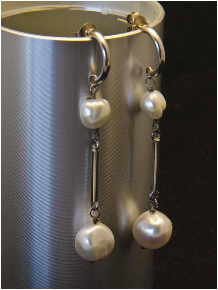 8620fd5261fe Pendientes extra-largos de plata y perlas naturales. Joyería Artesanal  Personalizada