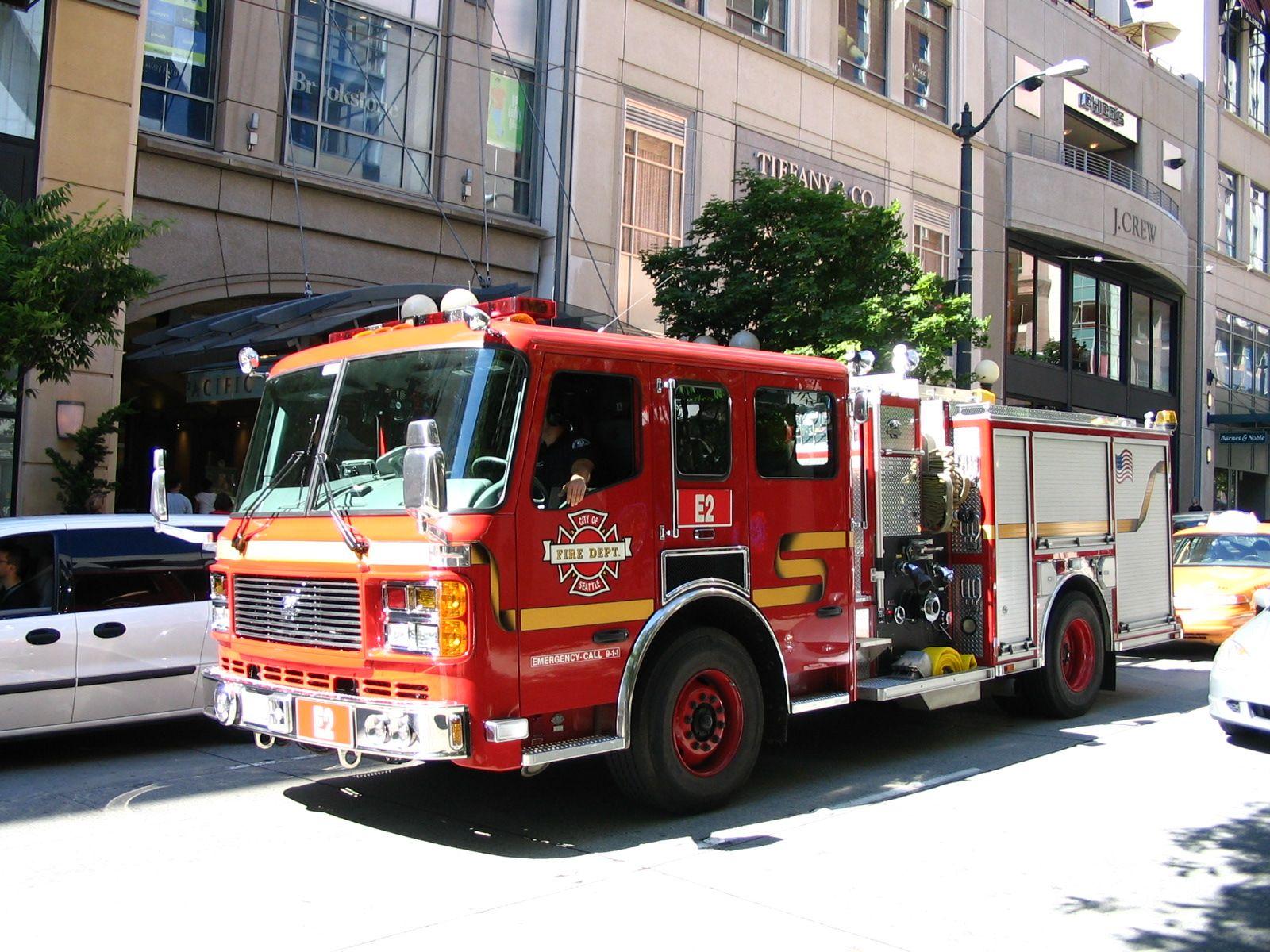 Seattle fire truck | Fire Apparatus | Fire equipment, Trucks